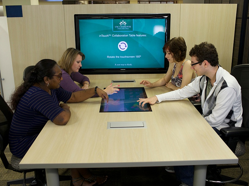 T1V university of north carolina interactive touchscreen table education